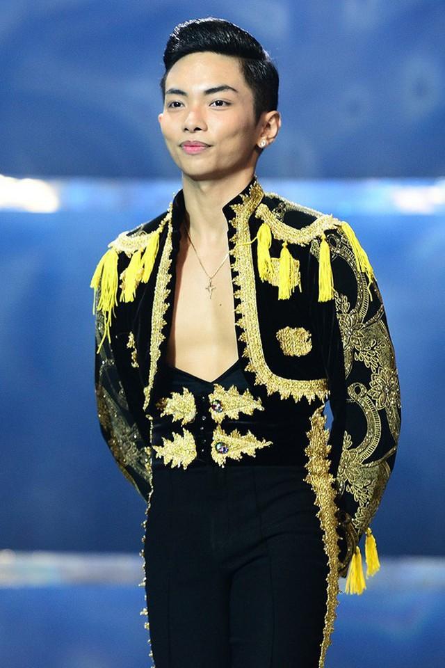 Phan Hiển là một kiện tướng dancesport nổi đình đám.