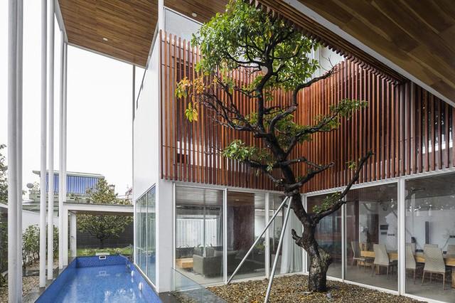 Gia chủ mong muốn được sống trong một ngôi nhà có thể dễ dàng kết nối các thành viên với nhau, cũng như với thiên nhiên bên ngoài, có nhiều không gian sinh hoạt chung để mọi người cùng tận hưởng những khoảnh khắc thư giãn.