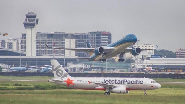 Từ 13/5 đến 1/6, các hãng hàng không Việt sẽ áp dụng nhiều quy định mới ảnh hưởng đến giá vé và hành lý ký gửi của hành khách. Ảnh: VNA.