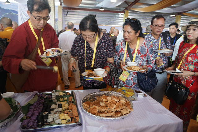 Công tác ẩm thực đảm bảo tốt trong suốt thời gian diễn ra Đại lễ. ảnh PT