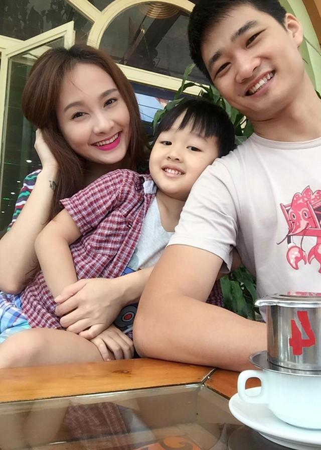 Gia đình hạnh phúc của Bảo Thanh.