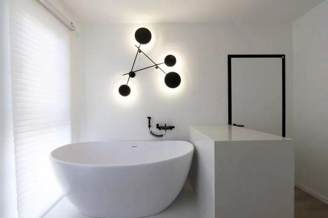 Phòng tắm.