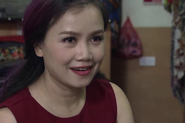 Tạo hình của diễn viên Hoàng Yến trong phim Về nhà đi con.