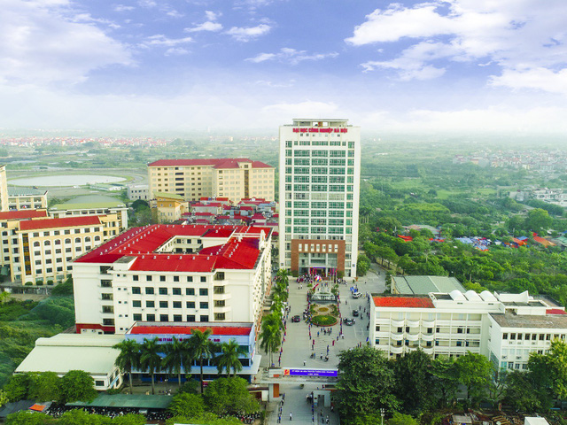 Toàn cảnh trụ sở chính Đại học Công nghiệp Hà Nội