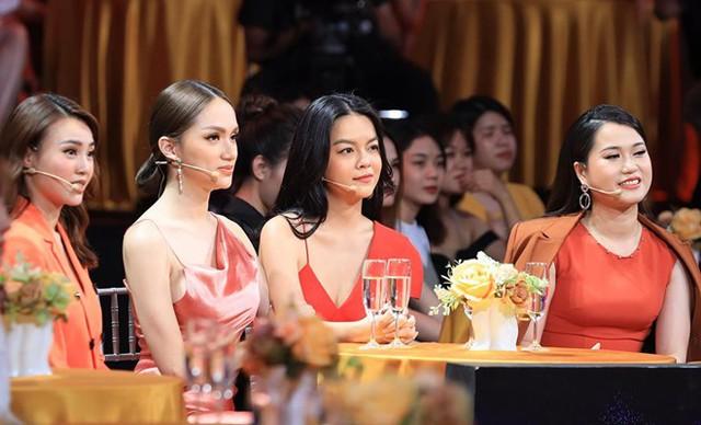 Tham gia Quý ông đại chiến, Phạm Quỳnh Anh thẳng thắn chia sẻ quan điểm về vấn đề ngoại tình của đàn ông.