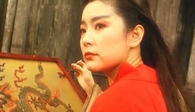 Vẻ đẹp sắc xảo cùng thần thái khí chất và diễn xuất ấn tượng đã biến vai diễn Đông Phương Bất Bại của Lâm Thanh Hà trở thành tượng đài màn ảnh. ẢNH: TNHH PRODUCTION