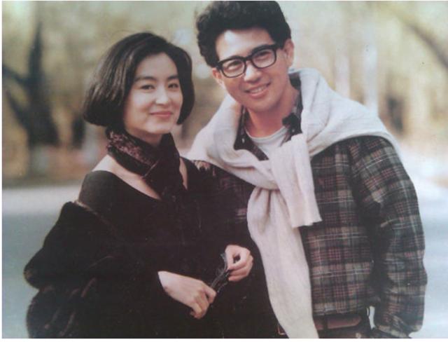 Mối tình sâu đậm của Lâm Thanh Hà và Tần Hán từng tốn không ít giấy mực của báo chí Hoa ngữ. ẢNH: CHỤP MÀN HÌNH APPLE DAILY