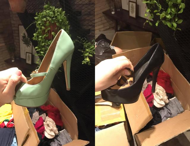 Trước đó, cũng có trường hợp cô gái nhận những đôi giày gót nhọn cao khoảng 12 cm do người khác gửi ủng hộ bà con vùng lũ miền Trung.