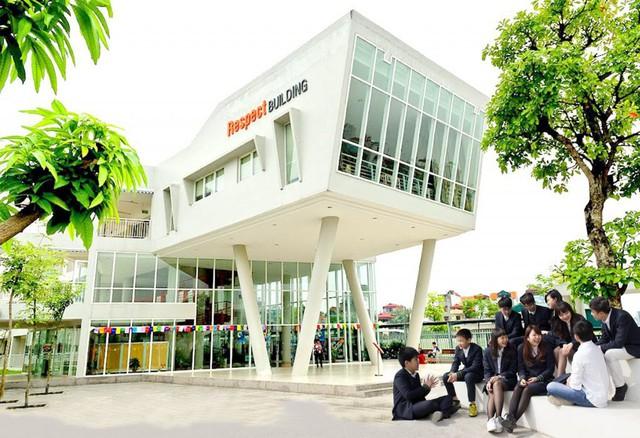 Trường Phổ thông Song ngữ Liên cấp Wellspring Hà Nội thành lập năm 2009