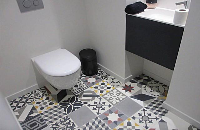 Sàn cung cấp một bề mặt tuyệt vời để tạo ra một thiết kế hoa văn táo bạo và phong phú.