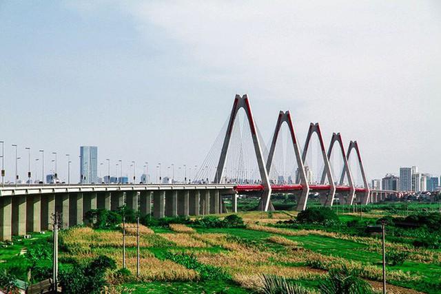 Đường Võ Chí Công, cầu Nhật Tân, Võ Nguyên Giáp, khu vực Cụm cảng hàng không quốc tế Nội Bài sẽ bị hạn chế phương tiện từ 10h30 đến 13h ngày 3/5 - Ảnh: NAM TRẦN