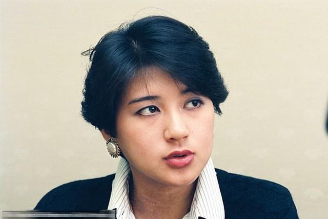 Nhan sắc thời trẻ của Hoàng hậu Masako. Ảnh: Asahi Shimbun.
