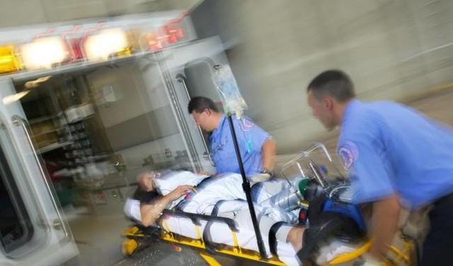 Hình ảnh tiếp nhận cấp cứu người bị cao huyết áp