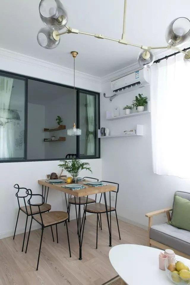 Không gian trang trí đơn giản, ấm cúng.