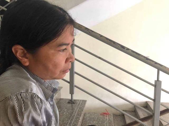 Chị Hà Thị Minh nghẹn ngào khi nghĩ tới quãng thời gian cùng con chiến đấu với bệnh tật sắp tới