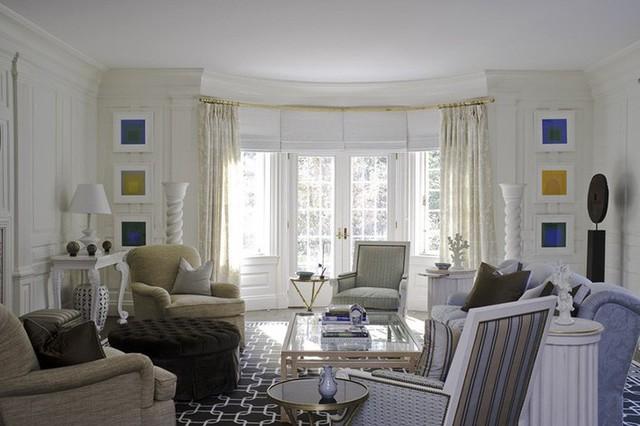 Căn phòng khách được thiết kế với đầy sự ngẫu hứng bởi chủ nhân của nó nhưng cảm giác mang đến người dùng thì thật là tuyệt vời.