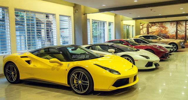 Giờ này, đại gia nào bỏ tiền ra mua một chiếc Rolls Royce Phantom hay Lamborghini Aventado,... sẽ được nhìn với con mắt kính nể (ảnh minh họa)