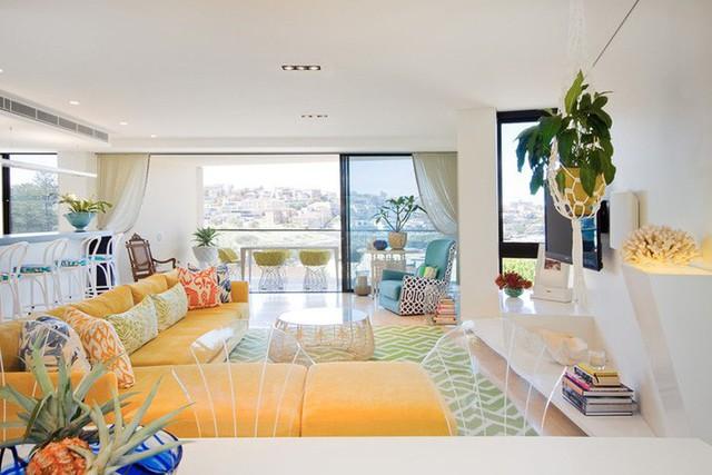 Vì thế mà không ít người tốn rất nhiều thời gian và công sức cho việc thiết kế ra một căn phòng khách mang nét cá tính của riêng mình.
