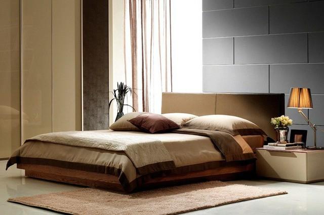 Tránh đặt đồ dùng bụi bặm, quần áo bẩn, rác phía dưới gầm giường.