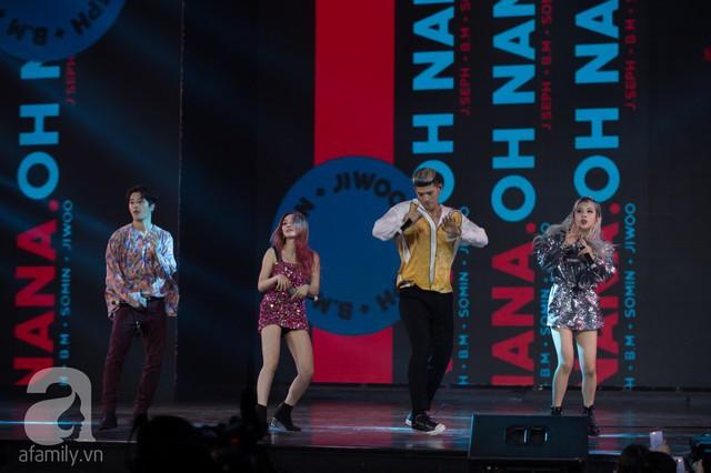 Lần đầu đến Việt Nam, nhóm nhạc Hàn Quốc - KARD dành tặng khán giả 2 ca khúc Oh Nana và Bomb Bomb.