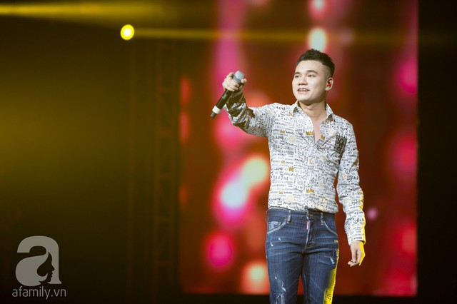 Nối tiếp nam ca sĩ gửi tặng khán giả ca khúc Tình yêu trẻ con của nhạc sĩ Vương Anh Tú.