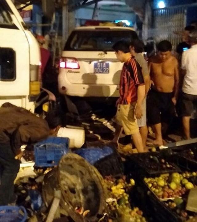 Vụ tai nạn khiến một người tử vong và chiếc xe hư hỏng nặng