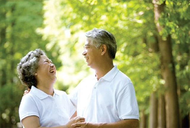 Người cao tuổi cần được quan tâm nhiều hơn về tinh thần để có một cuộc sống khỏe mạnh những năm cuối đời. Ảnh minh họa.