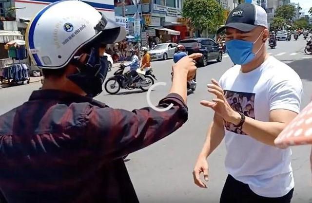 Lê Dương Bảo Lâm bị nghi dàn dựng video để gây chú ý. Ảnh: Chụp màn hình.