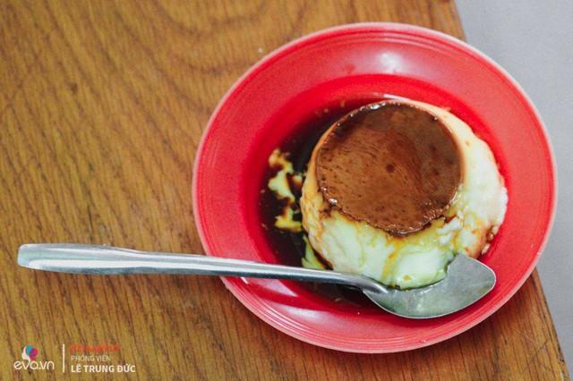 Những thưởng thức những cốc caramen thơm lừng, béo ngậy, bạn có thể đến khu vực Hàng Than quán chú Dương bán 3000 cốc/ ngày , khu chợ Nguyễn Công Trứ, Nguyễn Thượng Hiền, Phố Huế…