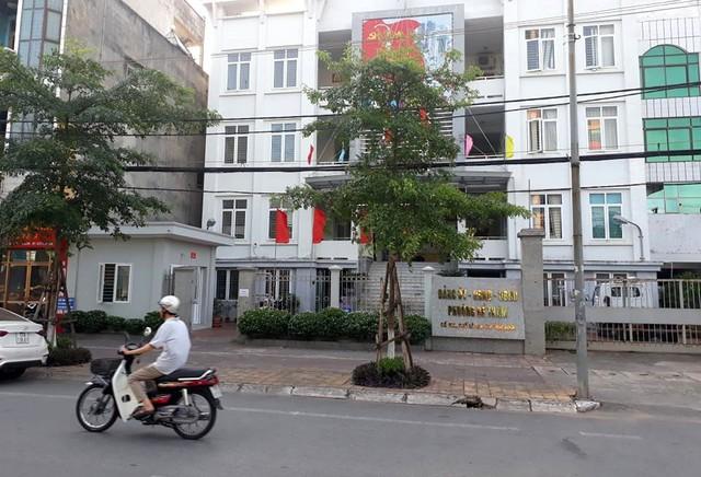 Trụ sở UBND phường Đề Thám, nơi đối tượng D. đang làm việc. Ảnh: L.K