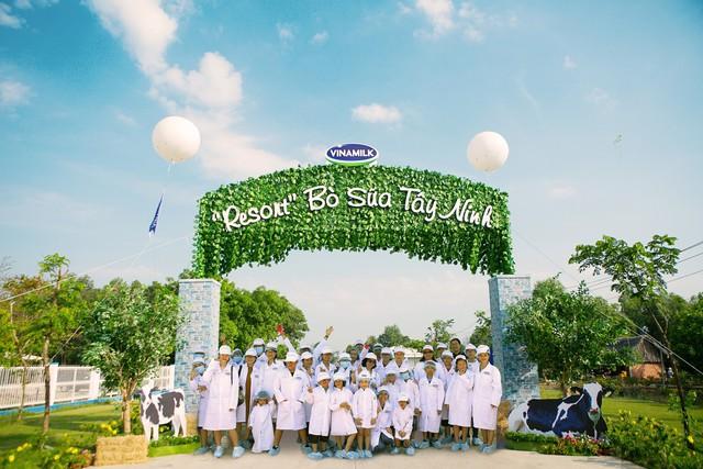 Các gia đình đã có một ngày khám phá Resort Bò sữa Tây Ninh với nhiều trải nghiệm thú vị
