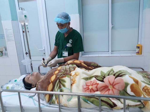 Sản phụ Nguyễn Thị Q. được chăm sóc tại phòng hậu phẫu