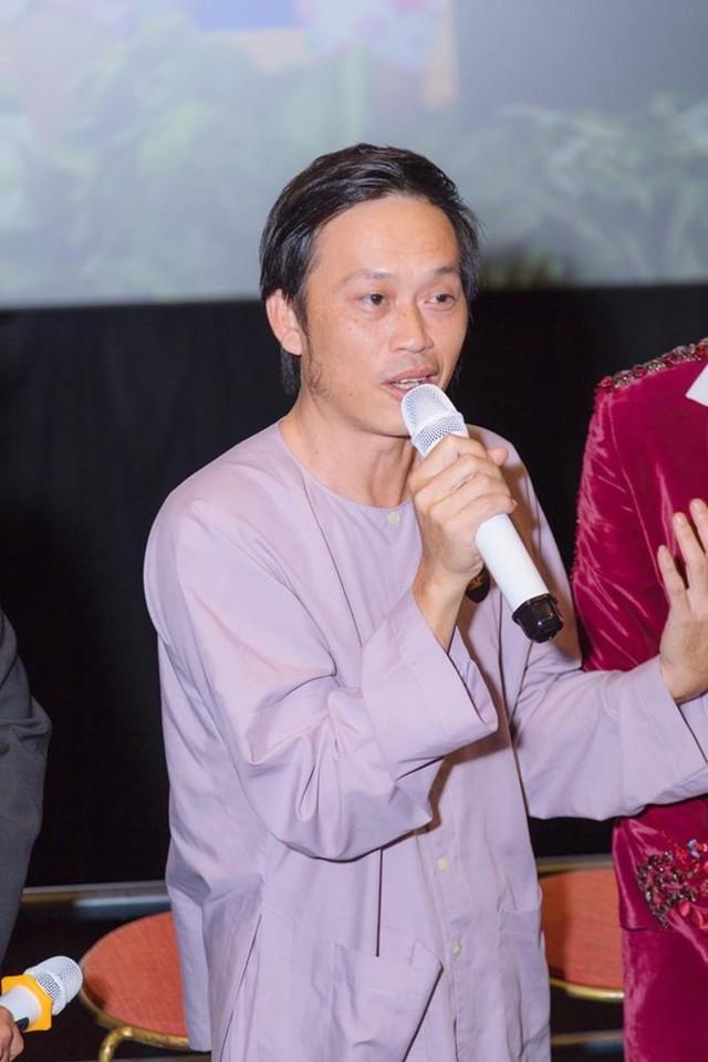 Nghệ sĩ Hoài Linh luôn nhớ về bà nội.