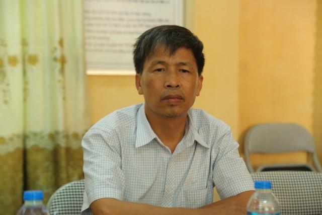 Hiệu trưởng Nguyễn Văn Nhất bị tố đánh học sinh đến phải nhập viện.