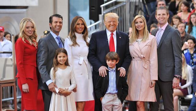 Ông Trump có 9 cháu và 5 người con.