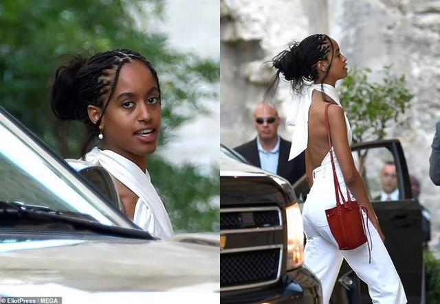 Con gái lớn của ông Obama ăn mặc gợi cảm.