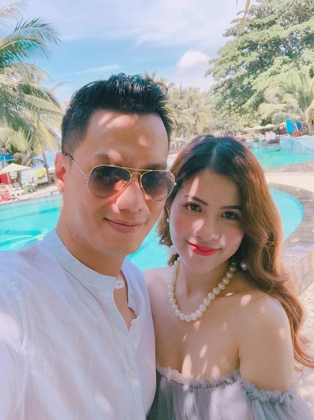 Vợ Việt Anh xác nhận chuyện ly hôn trên trang cá nhân.