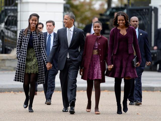 Gia đình cựu Tổng thống Obama có nguồn thu nhập khủng từ việc viết sách sau khi họ rời khỏi Nhà Trắng.