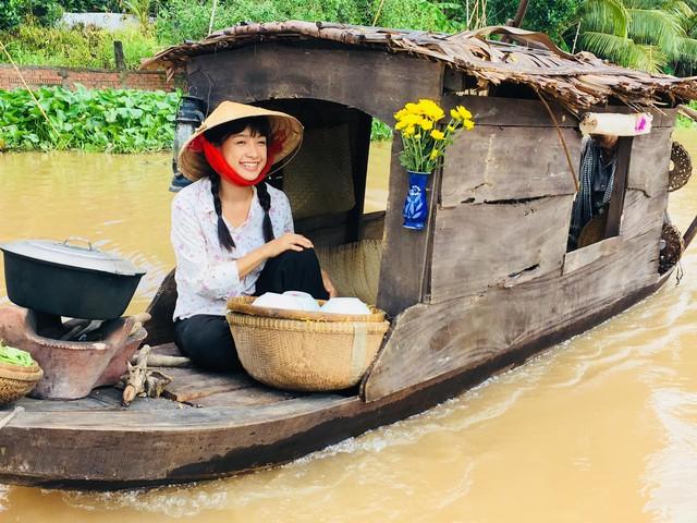 Hơn 10 năm gắn bó với hàng loạt vai diễn, Lê Bê La được xem là diễn viên có năng lực trong làng điện ảnh Việt, cô cũng từng mang về cho mình nhiều giải thưởng lớn trong sự nghiệp diễn xuất.
