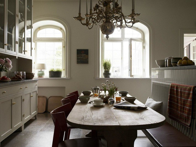 Bạn có thể thấy phong cách Bắc Âu hay hơi thở vùng biển tràn ngập trong các thiết kế nhà theo phong cách Scandinavian.