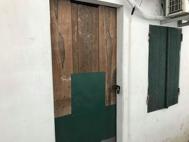 Căn phòng trọn nơi xảy ra vụ án mạng.