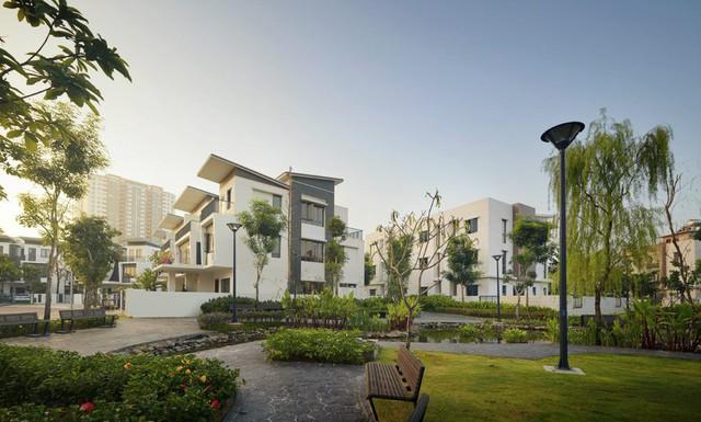 Gamuda Gardens được xây dựng với mật độ cây xanh lớn, lên đến 52%.
