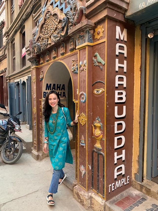 Hình ảnh mới nhất của Phương Trinh tại Nepal