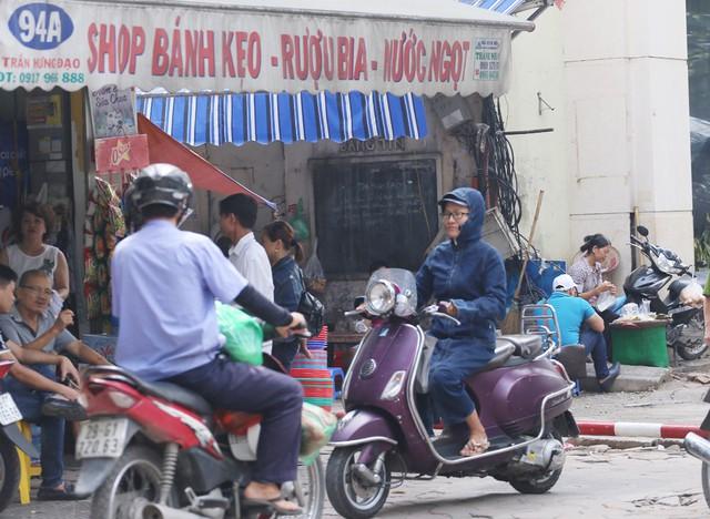 Hỗn loạn giao thông tại dự án ga ngầm Hà Nội sắp thi công trên đường Trần Hưng Đạo - Ảnh 11.