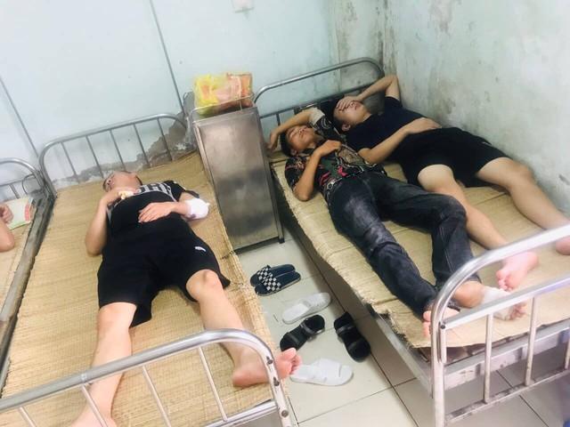 Nhân viên nhà hàng Hưng Thịnh bị nhóm côn đồ chém