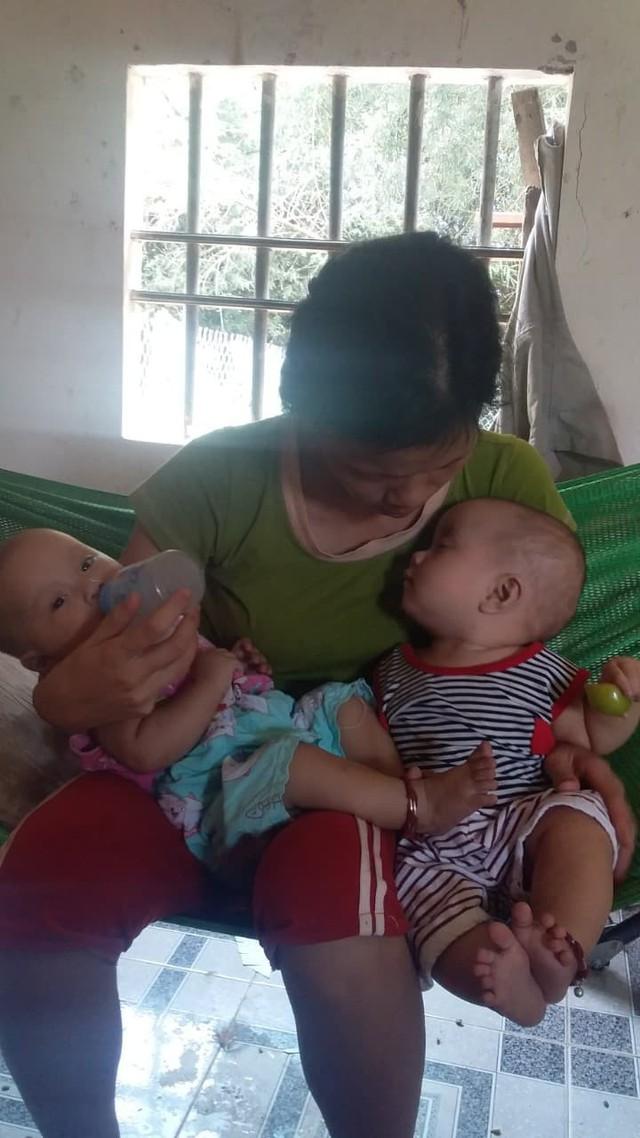 Rớt nước mắt hoàn cảnh bé sinh đôi mắc bệnh tim phức tạp cần phẫu thuật gấp - Ảnh 3.