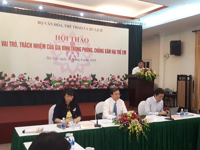 Các đại biểu nhấn mạnh gia đình có vai trò đặc biệt trong phong chống xâm hại trẻ em. ảnh Phương Thuận