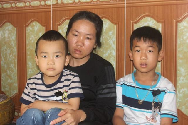 Tương lai mịt mờ của 2 đứa trẻ có bố chết vì tai nạn, bà nội mắc bệnh ung thư - Ảnh 2.