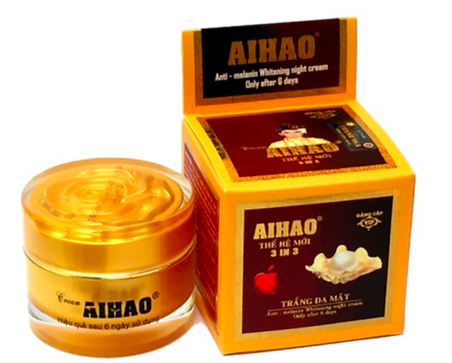 Một sản phẩm kem trắng da mặt AIHAO