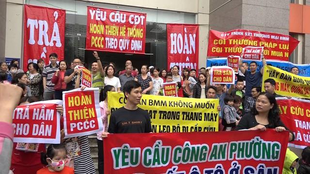 Trong những năm vừa qua, rất nhiều chung cư tại Hà Nội xảy ra tranh chấp gay gắt. Ảnh: Lê Bảo.